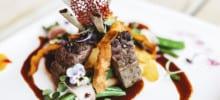 Kulinarik unser küchenchef kreiert raffinierte Gaumenfreuden für sie.